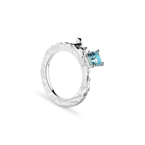 Zydrune Celestial 'Mintaka' stackable ring side view.